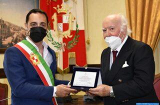 Riconoscimento pubblico a Giovanni Simeone, sarto da 60 anni a Gaeta