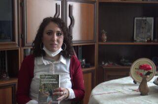 E' uscito il romanzo IN ATTESA DELLA RONDINE PERDUTA (deComporre Edizioni). Abbiamo incontrato la scrittrice DANKA JOVOVICH