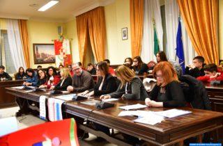La mediazione in cartella e la carta dei diritti dei figli, i convegni in aula consiliare.